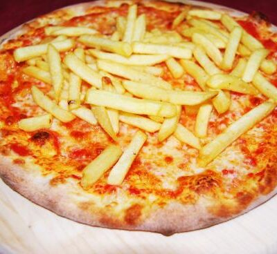 Pizza alle patate fritte