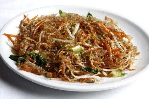Spaghetti di soia con verdure miste
